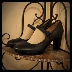 Sofft Mary Jane block heels
